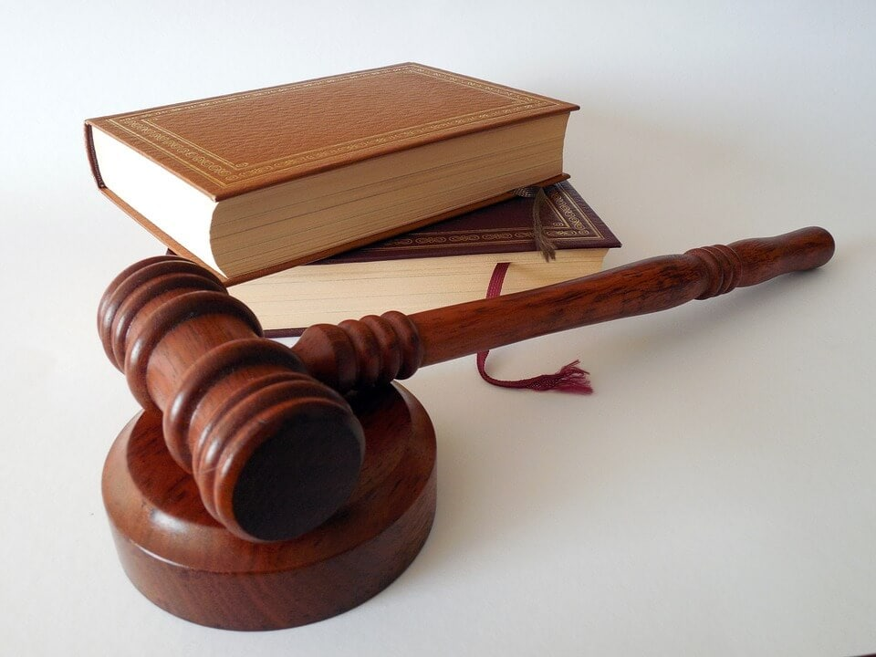 איך לבחור עורך דין פלילי? החשיבות בבחירת עורך דין פלילי מומחה ומנוסה